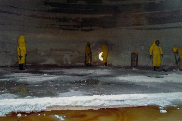 Mosaic - Limpeza de tanque Cajati-SP 2009